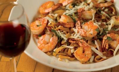 Al's Cafe & Creamery, Elgin, Illinois, wine and shrimp arrabiata