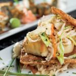 Tapa La Luna Restaurant Serves Appetizing Cuisine in Trendy Atmosphere