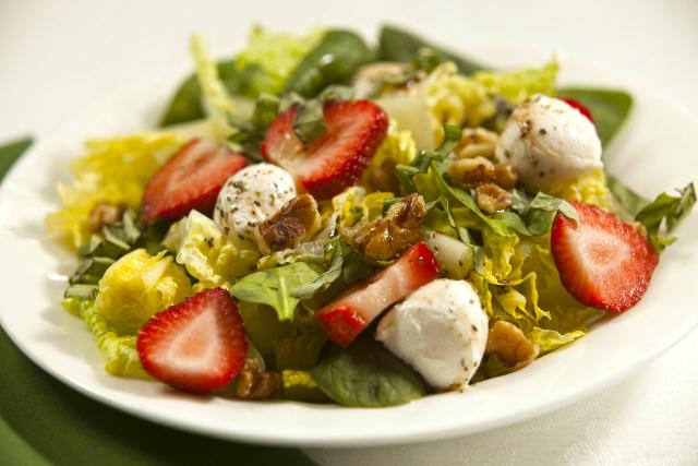 Strawberry Mozzarella Walnut Salad