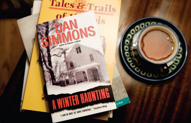 illinois_books_dan_simmons_coffee