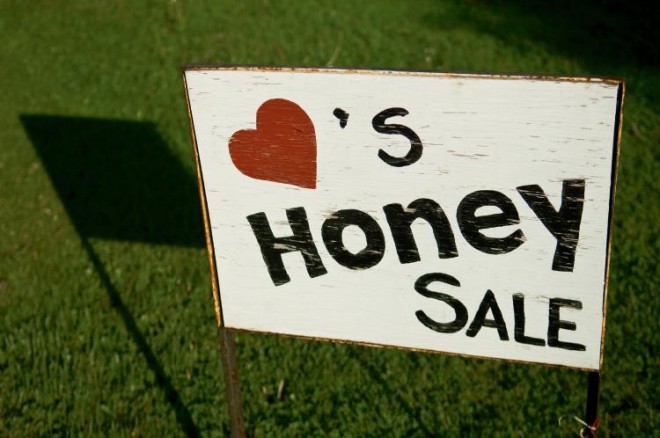 Dan and Janet Hart (members of Heart of Illinois Beekeepers Association) sell honey from their home in Brimfield, Illinois.
