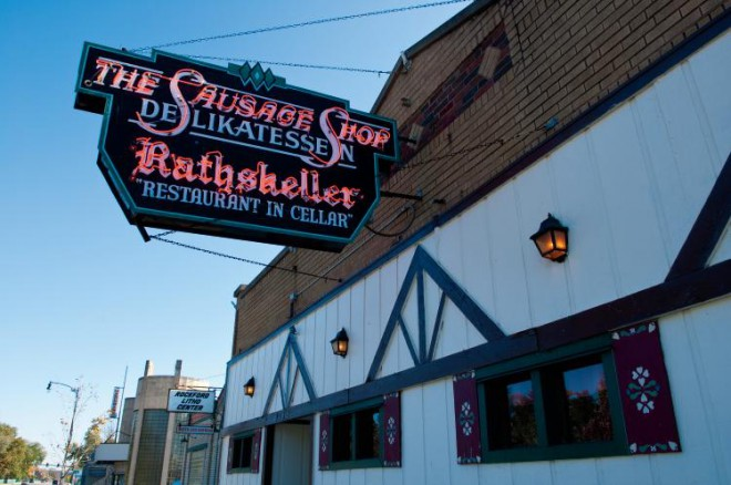 Der Rathskeller (in German Rathskeller means – the cellar of a town hall, often used as a beer hall or restaurant).