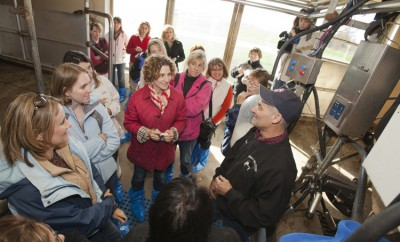 Illinois Farm Families Field Moms at Lindale Farms