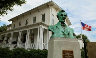 Geneseo Historical Museum, Geneseo, Abraham Linclon Statue, Abraham Linclon