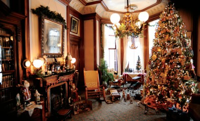 Christmas at the Mansions in Bloomington-Normal