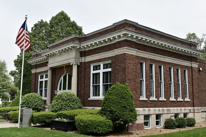 Edward_Chipman_Public_Library